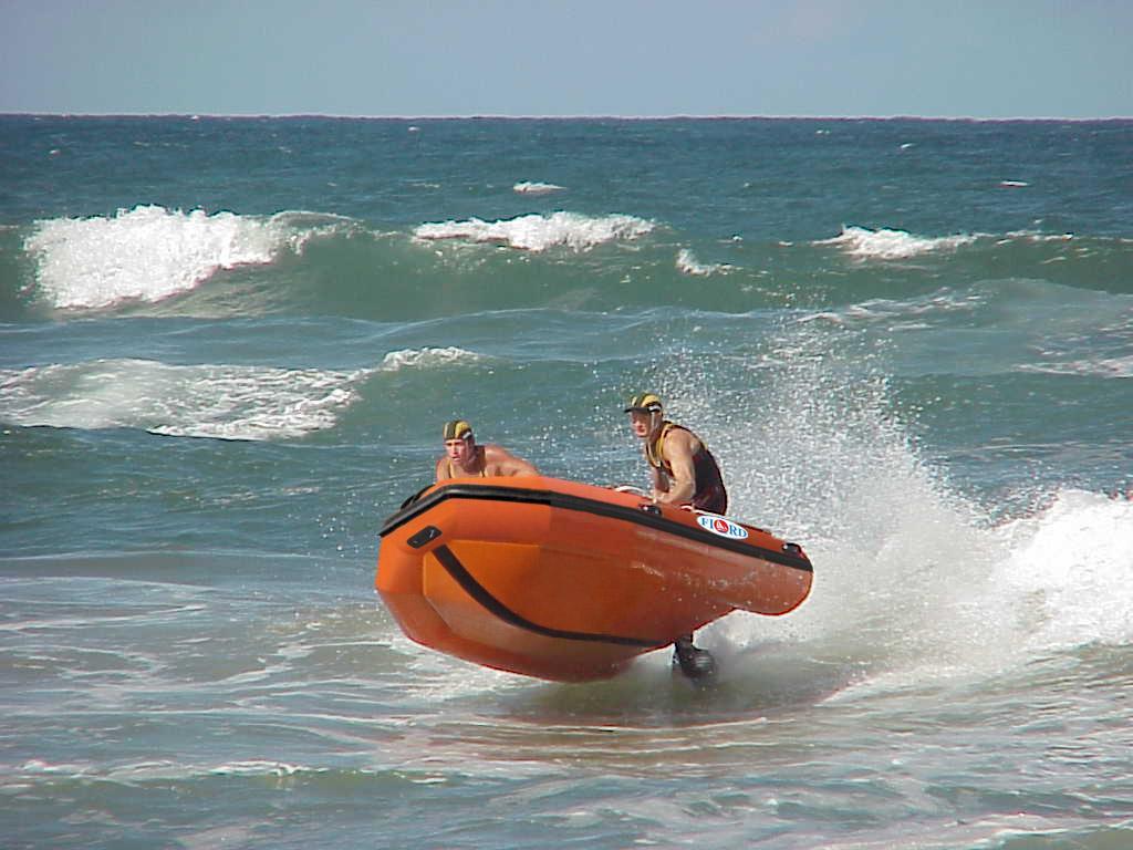 на каких озерах можно плавать на моторной лодке
