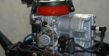 Мотор для лодки Вихрь